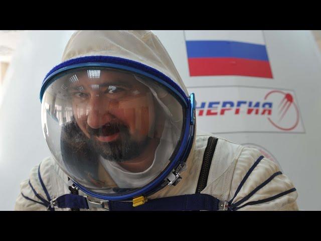 """Корреспондент """"Комсомольской правды"""" Александр Милкус первым испытал корабль для полетов на Луну"""