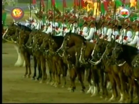 Oman Royal Cavalry Horse Show for Queen Elizabeth II by Sultan Qaboos - الخيـالة السلـطانية عمان