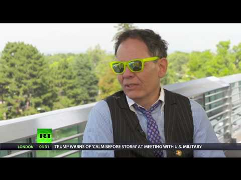 Keiser Report: Housing Bubbles (E1133)