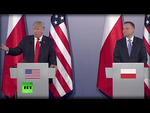 SECONDS AGO TRUMP STOOD UP AND TOLD THE WORLD WHAT OBAMA DID WITH RUSSIA LAST SUMMER