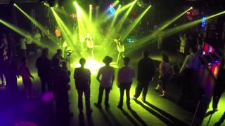 80s Party Breakdance MJ act - Boogie Bots Entertainment
