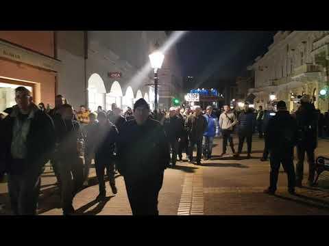 Subotica - narod se digao na noge: Nećemo migrante odjekuje gradom szabadkai felkelÉs: migránsok menjetek haza, ezt követelték a szabadkai tüntetők SZABADKAI FELKELÉS: Migránsok menjetek haza, ezt követelték a szabadkai tüntetők hqdefault