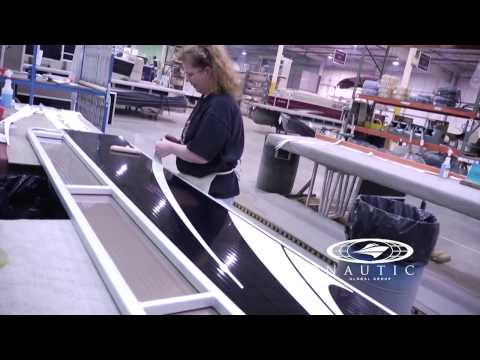 Godfrey Pontoons Construction — Assembly Part 1