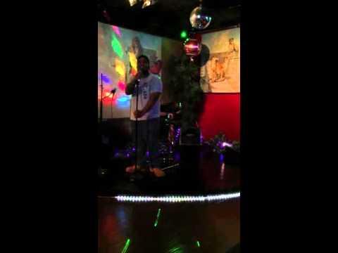 King locks in the karaoke bar