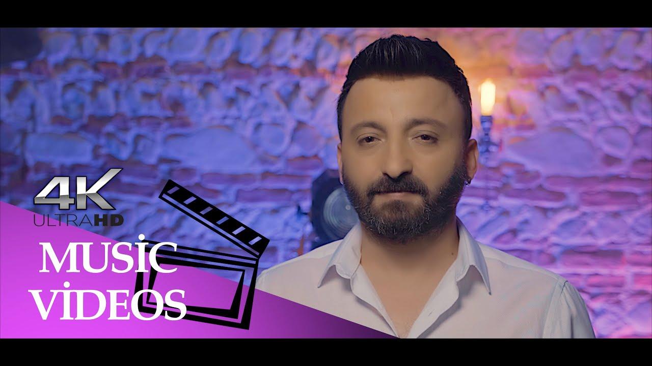 Teknik Direktör Ümit Özat' dan Türkü Performansı