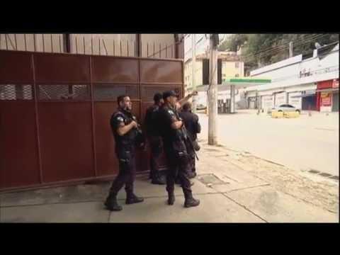 Guerra entre traficantes rivais aterroriza o Rio de Janeiro