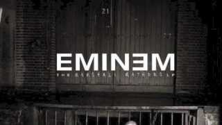 Repeat youtube video 18 - Criminal - The Marshall Mathers LP (2000)
