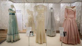 Выставка платьев принцессы Дианы открывается в Лондоне (новости)