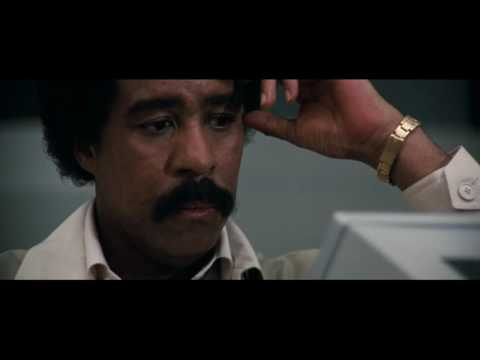 Superman 3 - Gus Gorman (Richard Pryor) makes Kryptonite.