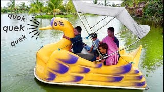 Naik Bebek Bebekan Di Danau | Mainan Anak Outdoor