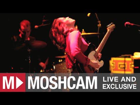 Anna Calvi - Love Won't Be Leaving (Live in New York) | Moshcam
