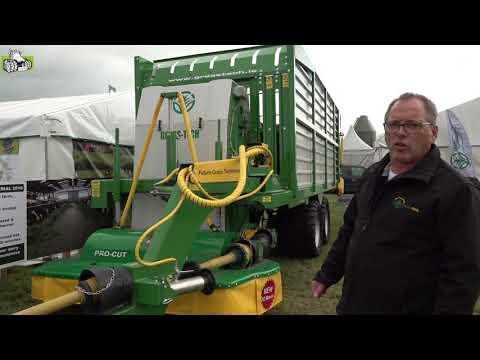De Grass-Tech Grazer maaier en opraapwagen in één