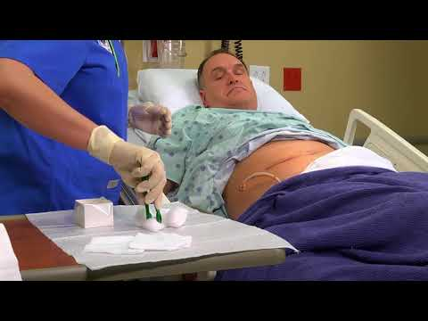 I 903 Changing wound dressing