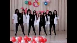 Чёрно-белый танец
