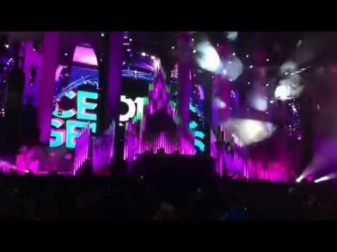 Cedric Gervais-Love Again EDC Las Vegas 2014 Day 1
