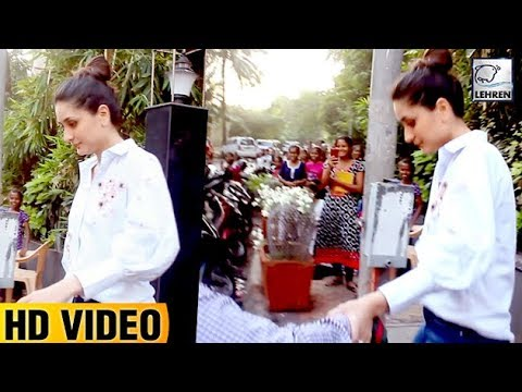 Kareena Kapoor Can't Walk In High Heels, Ask For Help