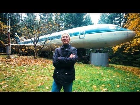 Мужчина купил старый авиалайнер за 200 тысяч долларов и преобразил его в эффектный дом