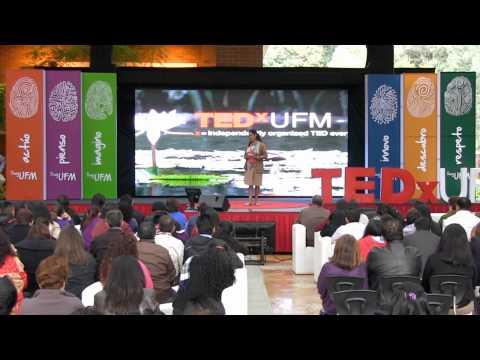 El valor de la perseverancia para cumplir nuestros sueños: Marina Urrutia at TEDxUFM