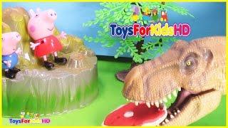 Peppa y George se van de Excavación en busca de Dinosaurios - Peppa pig en español ToysForKidsHD thumbnail