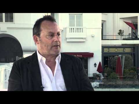 "Interview with Jean Reno, for his new TV series ""Le Grand"""