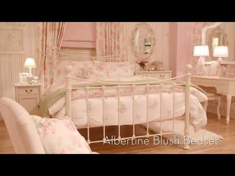 Laura Ashley The Manor Hotel Doovi