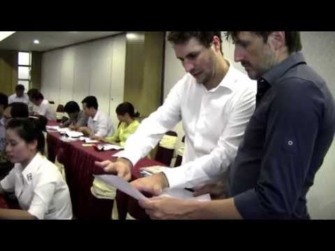 How to conduct a SWOT analysis with a strategic orientation round