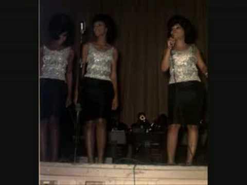 The Marvelettes - Live On Stage: Twistin Postman