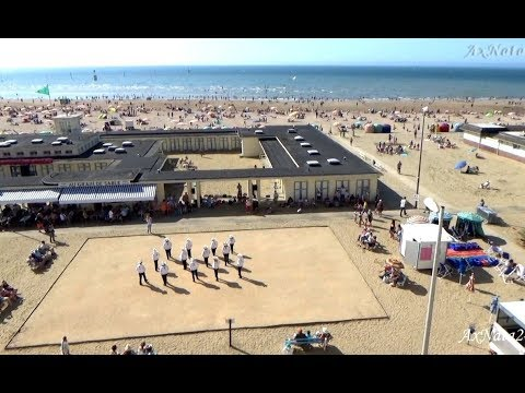 Танцы на песке. Нормандия. Трувиль.Франция. Отдых у Веры-2018  Воспоминания за завтраком