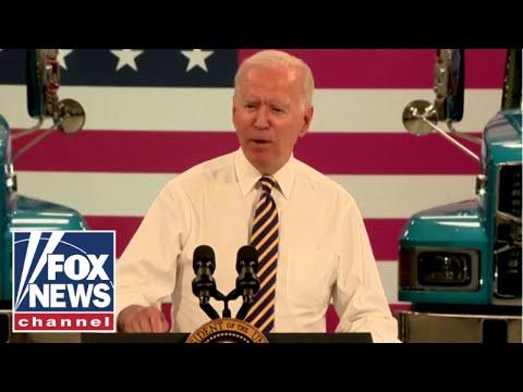 Biden caught in another 'bizarre' moment