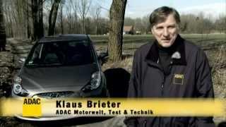 Hyundai ix20 1.4 CRDi blue im Test Autotest 2012 ADAC