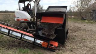 TOPSOIL SCREENER & CONVEYOR