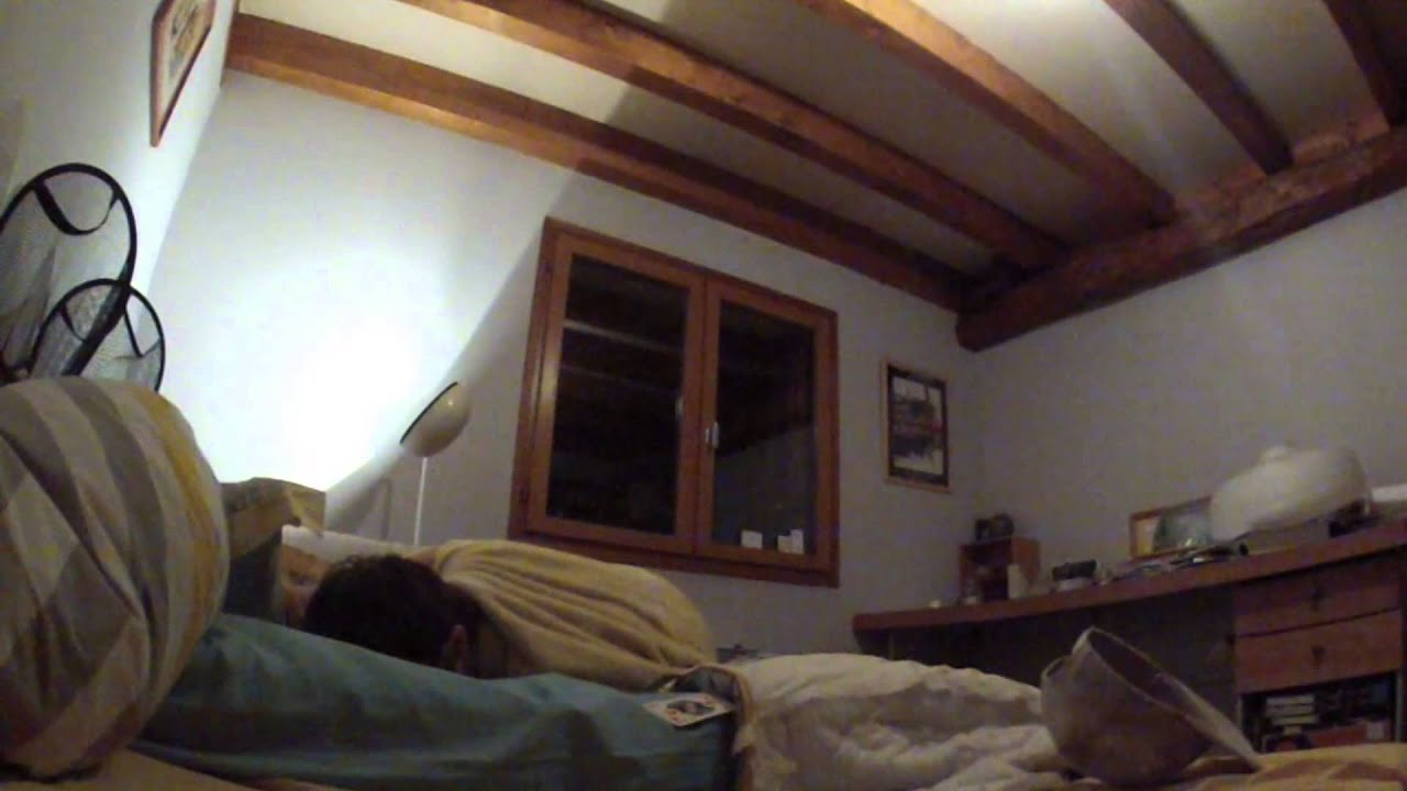 A New Bedroom Sports : The Amazing Bedroom Basket ! (GoPro Hero 2 Slow Mo)