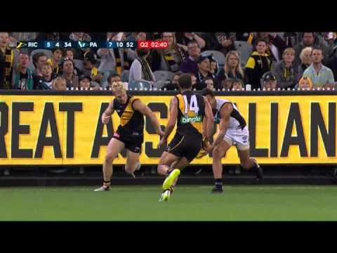 Broadbent bombs away - AFL
