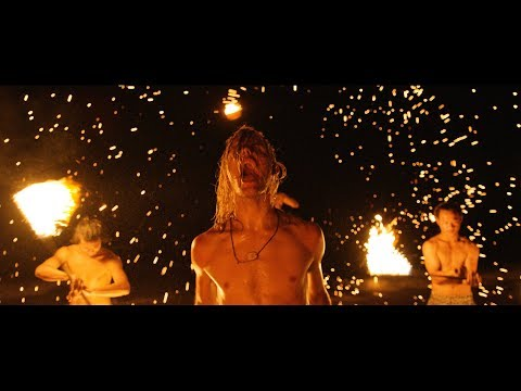 I SEE STARS - Everyone's Safe in the Treehouse (Official Music Video)