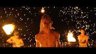 Download Video I SEE STARS - Everyone's Safe in the Treehouse (Official Music Video) MP3 3GP MP4