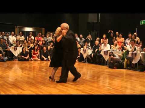 Carlos & Rosa Perez - POEMA