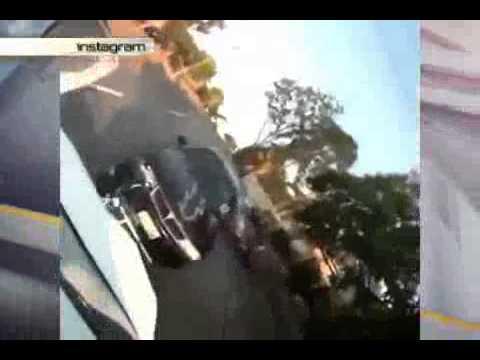 Видео, Невероятно как байкер выжил при лобовом столкновении