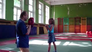 Бокс.  индивидуальное обучение маленьких детей.  75  (Конкин И.)