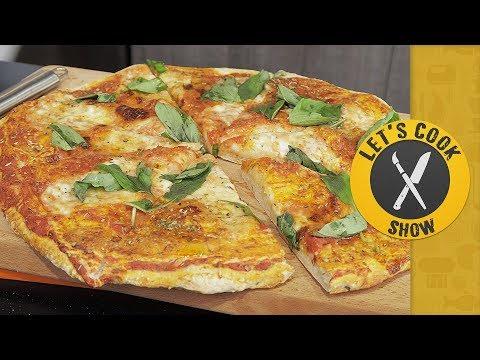 Как приготовить пиццу 4 сыра / Тесто для Пиццы (Pizza) [Let's Cook Show]