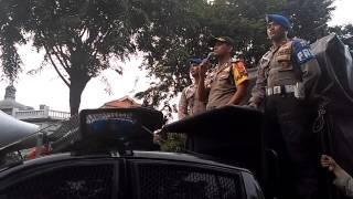 Aliansi BEM Seluruh Indonesia ( BEM SI ) Aksi Bela Rakyat 121 di depan Istana Negara, Jakarta.. | Umang Project