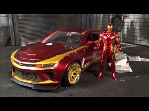 Metals Die Cast Marvel Avengers Iron Man /& 2016 Chevy Camaro