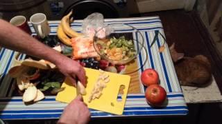 Фруктовый салат(Ссылка на партнерку : https://youpartnerwsp.com/join?7537 Всем Привет, в этом плейлисте будут помещены видео с моими расска..., 2014-03-05T10:08:47.000Z)