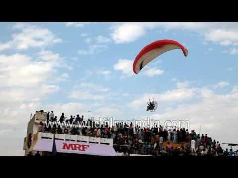 Paramotor gliding - Adventurous sport in ...