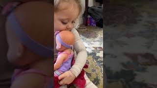 Ivy Sings a Lullaby to Her Baby 👶🏻❤️