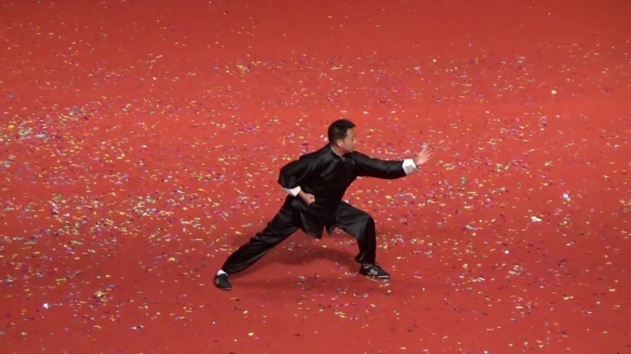 龍騰武聚匯香江 - 中國澳門武術家協會理事會副主席 - 莊少平 - 八極拳 - YouTube