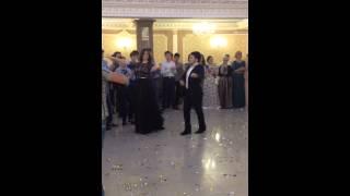""""""" Чеченский танец"""" на свадьбе."""