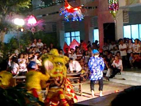 Hình ảnh đêm hội Trung Thu 2010 - 2011 - lân