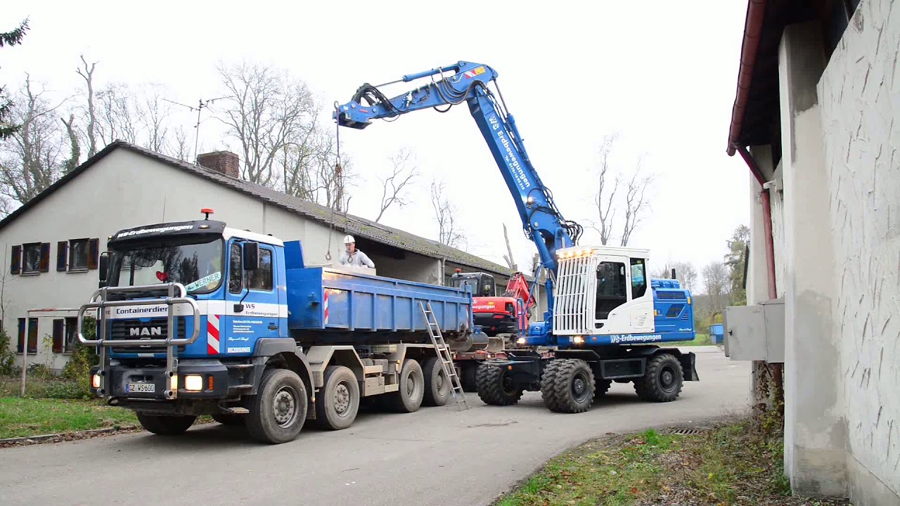 Hyundai HW160 im Load-and-Carry-Einsatz