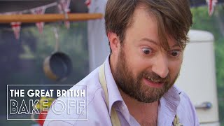 David Mitchell serves up grey sludge | The Great Comic Relief Bake Off