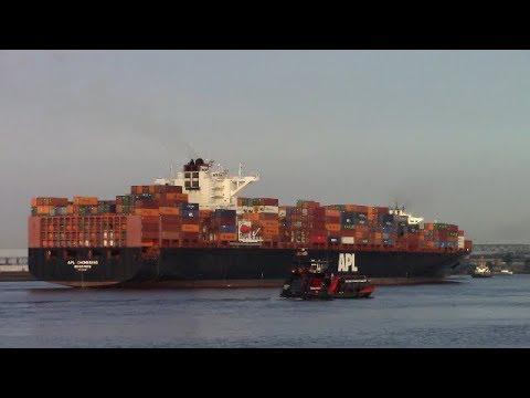 Container Ship APL CHONGQING Departing Hamburg, Germany - Elbe River